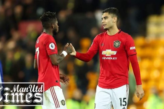 Paul Scholes fires warning to Fred and Andreas Pereira ahead of Aston Villa clash