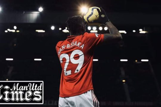 Aaron Wan-Bissaka sends message to Manchester United fans after Tottenham victory